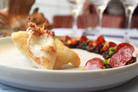 Médaillons de Lotte cuisinés comme la Paëlla, Riz vénéré au Chorizo 4 ©Agence Prad's Com